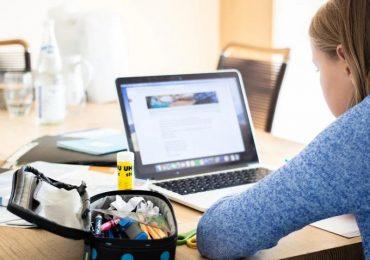 Ξέγνοιαστοι και μέσω διαδικτύου - Πρόγραμμα τηλεδιασκέψεων στον καιρό της καραντίνας
